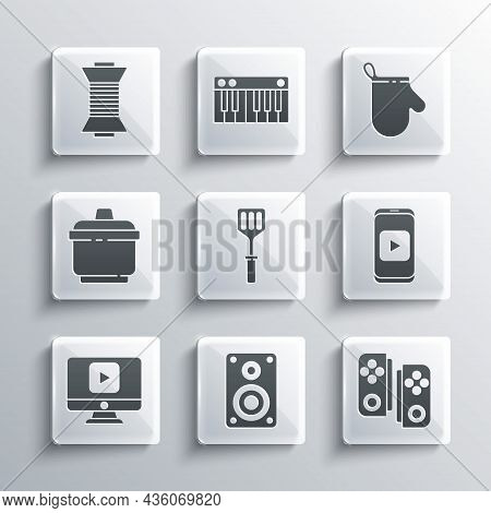 Set Stereo Speaker, Gamepad, Online Play Video, Spatula, Cooking Pot, Sewing Thread On Spool And Ove