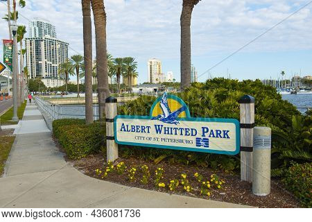 St. Petersburg, Fl, Usa - Jan. 26, 2019: Albert Whitted Park Entrance Sign At Bayshore Dr With Moder