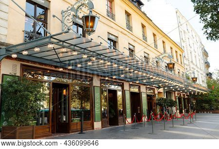 Paris, France-october 07, 2021 : Entrance Of The Bouillon Chartier - Historic Restaurant Located At