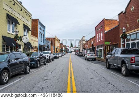 The Beautiful And Classic Town Of Seneca, South Carolina