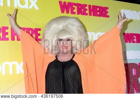 LOS ANGELES - OCT 8:  Lady Bunny at the