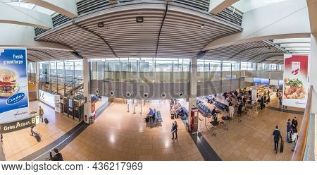 Hamburg, Germany - June 18, 2015:  View To Gate In Terminal 2 In Hamburg, Germany. Terminal 2 Was Co