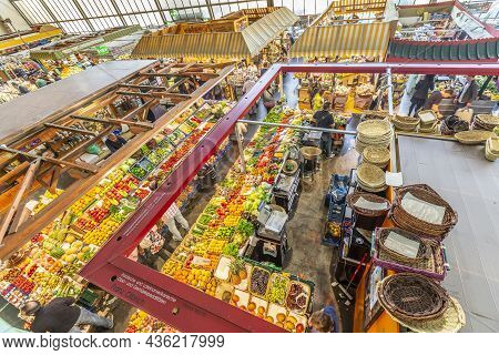 Frankfurt, Germany - March 29, 2014: View Of The Kleinmarkthalle, A Traditional Covered Market That