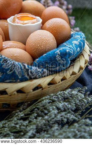 Hen / Close-up Of Fresh Chicken Eggs On Basket. Nutrition Concept, Selective Focus.