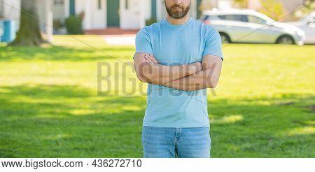 Property Insurance Promotion. Cropped Broker Make Offer. Mortgage Insurer.