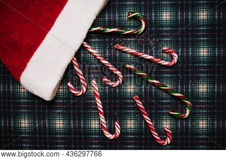 Christmas New Year A Cage Background , Flatley Style With A Top View With Christmas Decorations, Hat