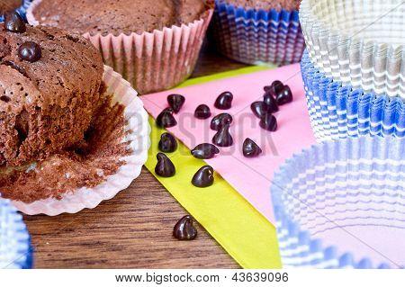 Chocolat Drops And Chocolat Muffins