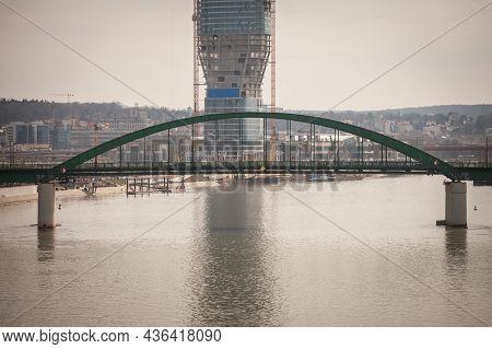 Belgarde, Serbia - March 27, 2021: Selective Stari Savski Most Bridge Over Sava River With Construct