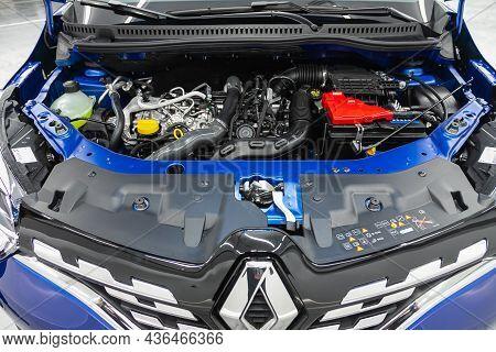 Novosibirsk, Russia - July 01, 2021: Renault Kapture ,close Up Of A Clean Motor Block, . Internal Co
