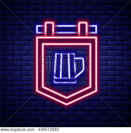 Glowing Neon Line Street Signboard With Glass Of Beer Icon Isolated On Brick Wall Background. Suitab