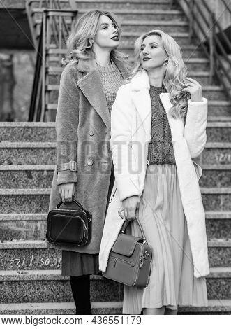 Nice Shot. Faux Fur Coat Fashion. Stylish Business Ladies Leather Bag. Glamour Models Look Luxurious