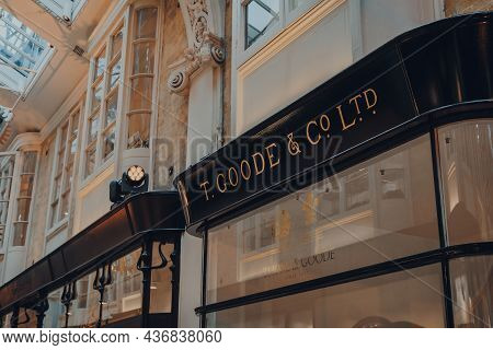 London, Uk - October 02, 2021: Temporary Thomas Goode And Co Store Inside Burlington Arcade, While T