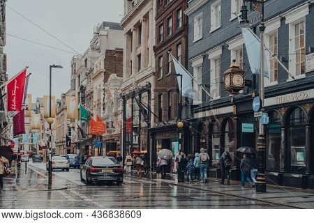 London, Uk - October 02, 2021: People And Cars In Front Of High End Stores On Bond Street, One Of Th