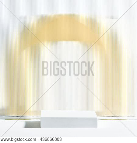Pattern glass product backdrop with stand