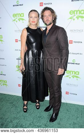 Jack Donnelly and Malin Akerman at the Environmental Media Association (EMA) Awards Gala held at the GEARBOX LA in Los Angeles, USA on October 16, 2021.