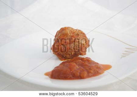 Rissole Of Mincemeat With Tomato Sauce