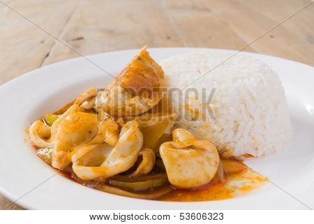 Stir Fried Squid With Salted Egg Yolk