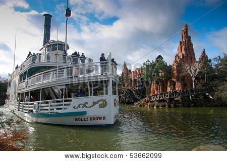 Paris, France - November 18, 2009: Pleasure Ship Molly Brown At Artificial River In Disneyland Paris