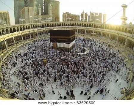 Muslim people praying at Kaaba in Mecca
