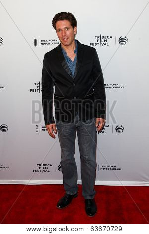 NEW YORK-APR 18: Actor Rich Graff attends the