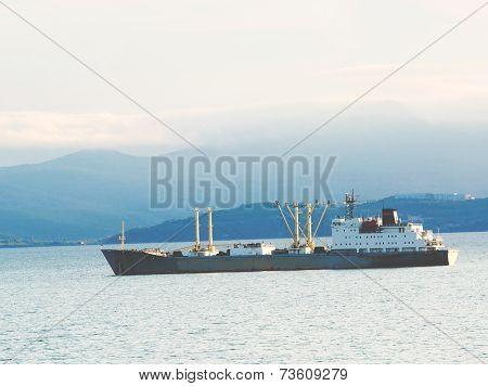 The Cargoship