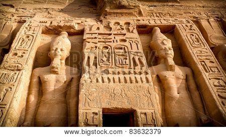 Nefertari Temple, Abu-simbel
