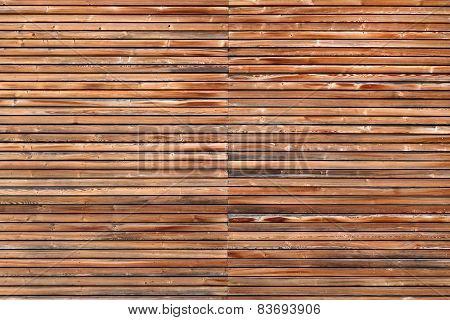 Wooden facade in horizontal format