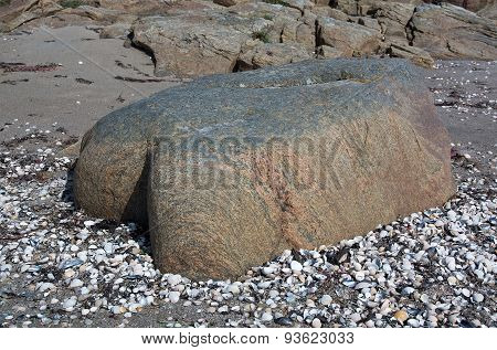 Gneiss rock shaped