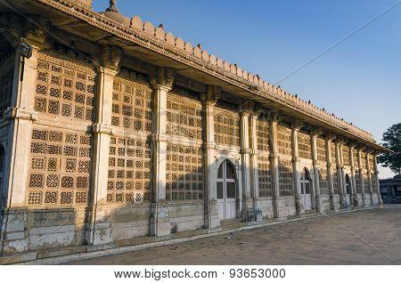 Exterior Of Sarkhej Roza Mosque In Ahmedabad