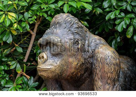 Statue of Strong Gorilla