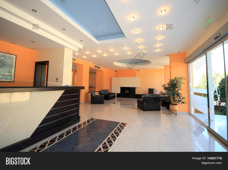 Captivating Luxury Hotel Lobby Reception Area