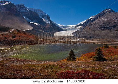 Athabasca Glaciar at Colombia Icefield PKW, Canada
