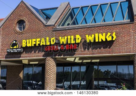 Indianapolis - Circa September 2016: Buffalo Wild Wings Grill and Bar Restaurant. You Can Find Live Sports, Wings, and Beer at B-Dubs III