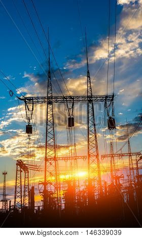The power supply facilities of contour in the evening it is very beautiful