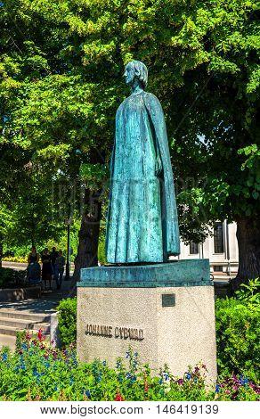 Statue of Johanne Dybwad in Oslo - Norway