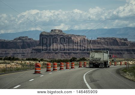 Moab Utah Road to Arches National Parc Sand Rocks