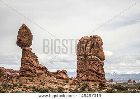 Moab Utah Arches National Parc balanced Rocks 2