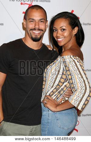 LOS ANGELES - SEP 8:  Bryton James, Mishael Morgan at the Young and The Resltless 11,000 Show Celebration at the CBS Television City on September 8, 2016 in Los Angeles, CA