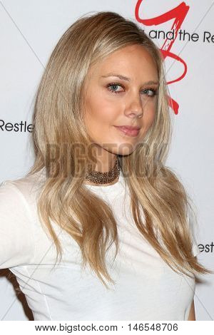 LOS ANGELES - SEP 8:  Melissa Ordway at the Young and The Resltless 11,000 Show Celebration at the CBS Television City on September 8, 2016 in Los Angeles, CA