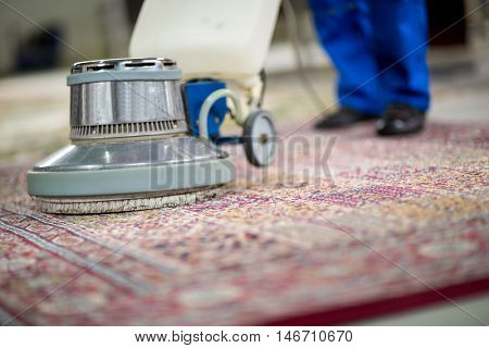 Electrical vacuum cleaner wash
