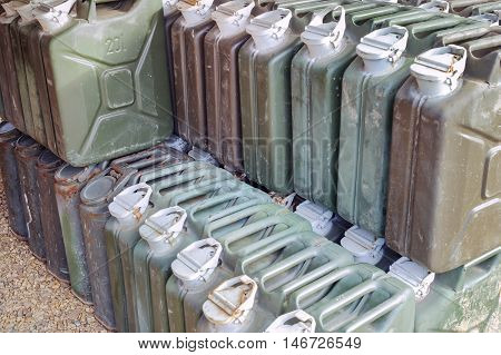 Metal Fuel Tank Or Jerry Can For Transporting And Storing Gasoline Or Diesel Fuel Store, Can Use Mot