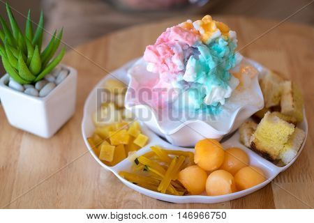 Thai traditional dessert combined with multi taste shaved ice