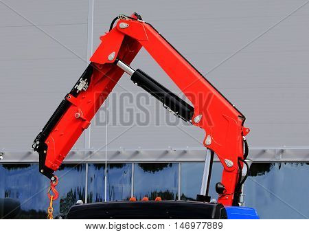 Lightweight crane without counterweight with hydraulic control
