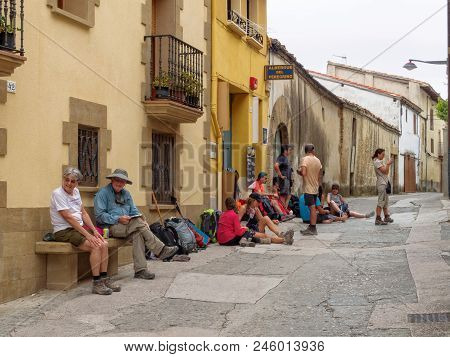 Pilgrims Wait For The Afternoon Opening Of Their Hostel - Lorca, Navarre, Spain, 6 September 2014