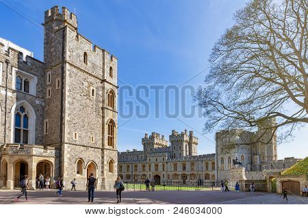Windsor, Uk - April 2018: Group Of Buildings Including Private Apartment, State Apartment, And South