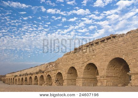 Ancient roman aquaduct