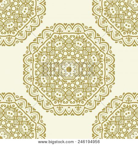 Classic Seamless Vector Pattern. Damask Orient Ornament. Classic Vintage Background. Orient Golden O