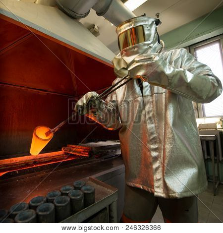 Gold Factory Ingot Mining Hot Molten Heat