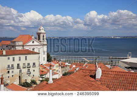 View From Miradouro De Santa Luzia To Alfama. Lissabon. Portugal