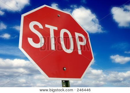 Stopsign & Clouds